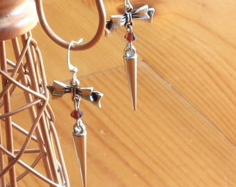 Bow earrings romantic