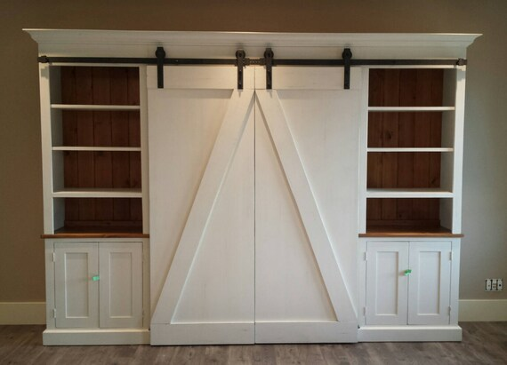 barn doors tv center sliding barn door entertainment center. Black Bedroom Furniture Sets. Home Design Ideas