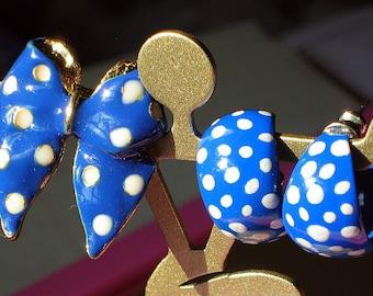 SaLe Blue Polka Dots Vintage Hoops Earrings Brooch Demi Parure That 70s Show Cold Enamel Lot Set Mad Men Bow Pin White Rockabilly Deep Sky