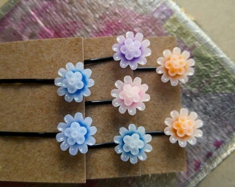 Sparkle resin flower hair pins, hair accessory, bobby pins, gift for her, floral