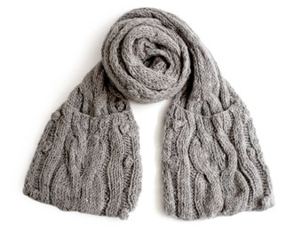 Cable Pocket Scarf