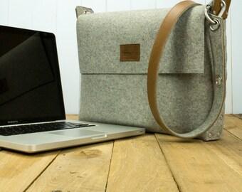 "15.6 Laptop Bag, Laptop Bag, MacBook 15"" Bag, MBP 15"" bag , Felt laptop bag"