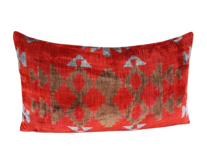 Silk Velvet Ikat Pillow Cover Lp508, Bohemian pillow, Velvet Ikat Pillow, Velvet Pillow, Velvet Pillow Cover, Ikat Pillows, Throw Pillows