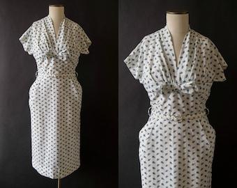 vintage 1950s dress / 50s blue floral cotton wiggle dress / small / Blue Rose Dress