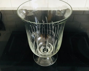 Stunning Large Crystal Etched Pedestal Vase Storage Container Shell display collectibles display jar vase leaf etched pattern