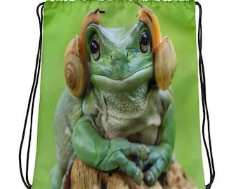 Beautiful Frog With Snails On Ears Drawstring bag