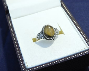 Vintage sterling silver and Tigers eye ring - 925 - sterling silver - UK L - US 5.75 - j