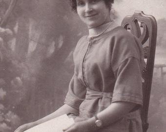Vintage Antique 1910/1920 French real photography postcard black & white women portrait