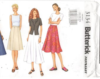 Butterick 3134 Size 18, 20, 22.  Women's plus size pattern for gored skirt.  Knee or calf length 4, 6 or 8 gored skirt with side zipper