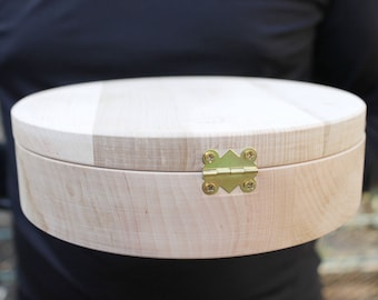 200 mm - Round unfinished wooden box - with cover on hinge - natural, eco friendly - 200 mm diameter - B1.020-200