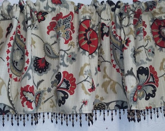 Waverly's Siren Song valance with black and amber beaded trim