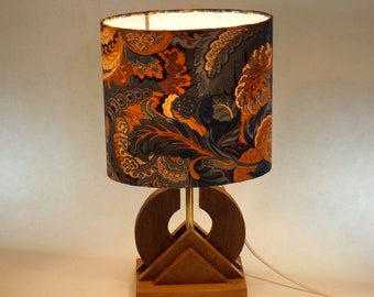 Oval lamp - wood base - species vary