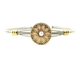 Pink daisy bracelet