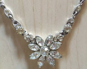 Unique Rhinestone Flower Necklace