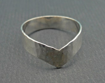 Wide Chevron V Ring Hammered Band 925 Sterling Silver