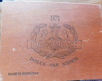 Vintage Wooden Cigar Box Baccarat Churchill Havana Selection 7 3/4 inches x 5 3/4 Inches, 3 Inches Deep