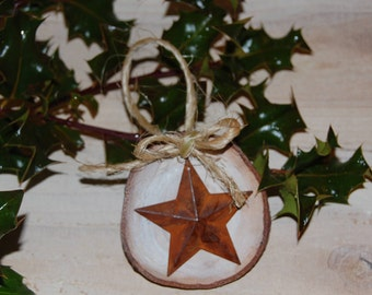 Tin Barn Star White Washed Wood Slice Ornaments, Woodland Christmas Decor, Rustic Farmhouse Christmas Tree Ornaments, Stocking Stuffers