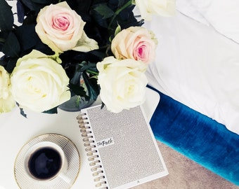 Daily Planner to Achieve Any Goal, Master Productivity, Business  - Undated Agenda, Organizer Planner & Gratitude Journal for 2018 / 2019