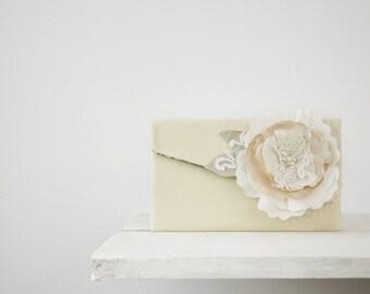 Rustic wedding clutch, bridal purse, bridesmaid gift