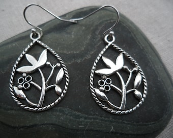 Silver Tear Drop Flower Motif Earrings - Simple Everyday Silver Earrings - boho chic