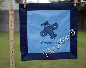 Airplane appliqué,  mini quilt, security blanket, lovey, aviator nursery, blue airplane blanket