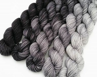 Mini skeins gradient sock yarn - Grayscale hand dyed