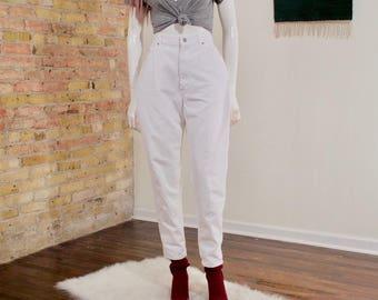 vintage lee jeans / white jeans / high waist / high rise / vtg denim / straight leg / mom jeans / tapered jeans / white denim / relaxed jean