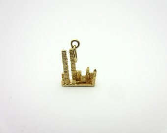 New York City Skyline Twin Towers World Trade Center September 11 14k Gold Charm or Pendant