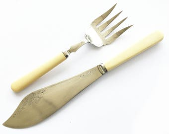 Victorian EPNS fish serving fork and knife, Engraved floral decoration, Silver plated cutlery, James Deakin & Sons, Pair of fish servers