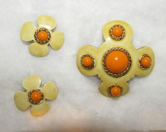 HOBE brooch and clip on earrings