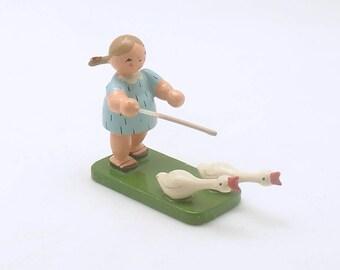 Vintage Wood Figurine Girl Geese Erzgebirge Germany