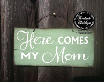 Here Comes My Mom Sign, ring bearer sign, here comes bride sign, wedding sign, rustic wedding, mom bride, flower girl sign, 17