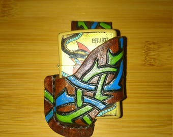 Brown quick draw lighter holster