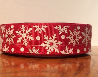 "7/8"" glittery USDR white glitter snowflakes on red grosgrain ribbon"