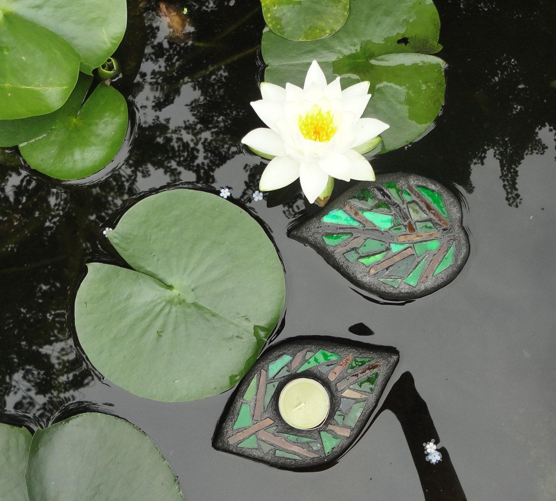 Leaves Floating Glass Garden Art Sculpture for Water