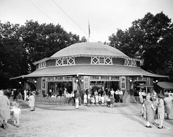 "1920-1935 Carousel, Glen Echo Park, MD Vintage Photograph 8.5"" x 11"""