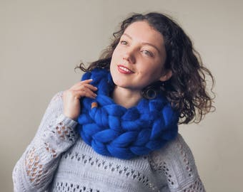 Blue wool cowl, merino scarf, navy chunky scarf, super chunky knit, warm winter cowl, Christmas gift, gift for her