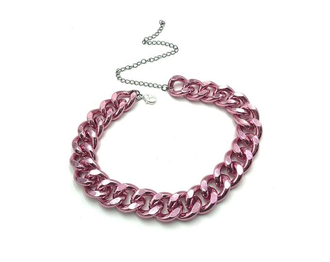 EDGE: hardcore pink chain choker
