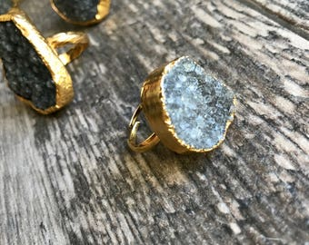 Druzy Ring Gold,Raw Gemstone Ring,Adjustable Gold Ring,Big Gemstone Ring,Gemstone Cocktail Ring,Gold Druzy Ring,Gray Druzy,Gold Edged Druzy