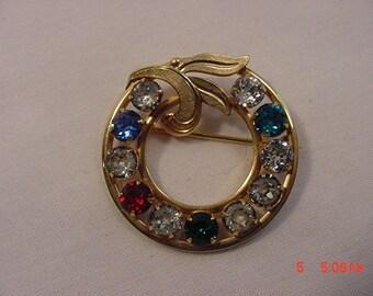 Vintage Van Dell 1/20 12 K Gold Filled Red Rhinestone Circle Brooch  18 - 582