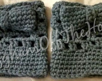 ON SALE!!!  Bow boot cuffs, boot toppers, crochet boot cuffs, handmade boot cuffs, women's boot cuffs, plus size boot cuffs