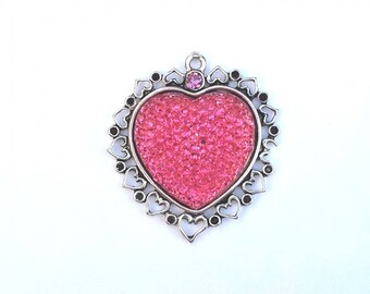 T4 tangy pink Heart Locket pendant