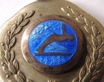 1955 MOUNT SEYMOUR SLALOM Canadian British Columbia snow sports ski club Enameled Prize Medallion Medal Pendant