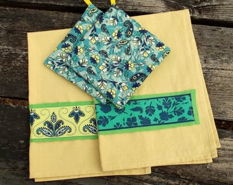 Paisley Flowers Kitchen Set 2 Pot Holders 2 Hand Towels