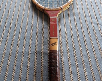 Vintage Harry C. Lee Dreaddnought Driver Wood Tennis Racquet  Leather Grip Very GoodCondition  4 1/2 Medium