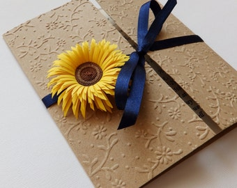 Sunflower handmade wedding invitation/Natural Kraft invitation/Rustic invitation/Country invitation/Yellow daisy invitation