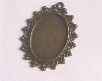 Medium pendant in bronze for cabochon 25 x 18 mm n2