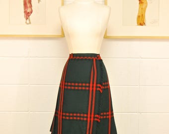 1960's/70's Green and Red Plaid Kilt / Highland Queen / Rob Roy / Winter Skirt / Rare Collectable Retro
