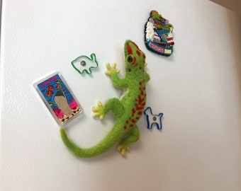 Giant day gecko - life sized, magnet, needle felted sculpture, felted lizard
