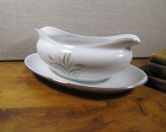 Fine China - Gemini Wheat - Gravy Boat With Attached Underplate - Made in Japan